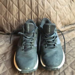 Nike Air Precision II women's size 7 1/2 sneakers